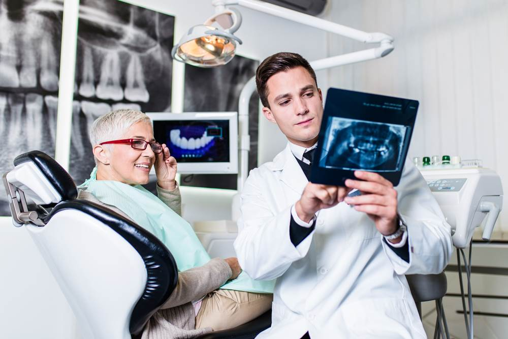 5 Important Credentials Your Implant Dentist Should Have