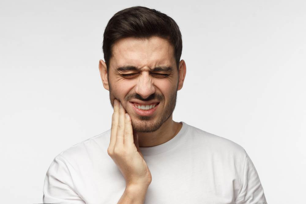 For How Long After My Dental Implant Procedure Should I Feel Pain?